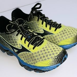 Mizuno Wave Prophecy Running Sneakers Size 7.5